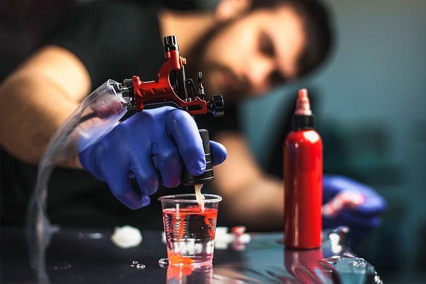 Curso técnico en realización y supervisión de procesos de tatuaje